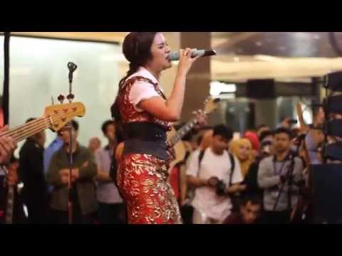 RAISA - Kali Kedua Live at Pacific Place 9th Anniversarry