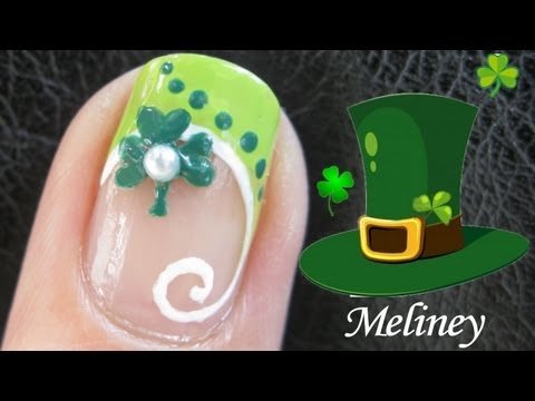 St Patrick's Day Clover Nail tutorial