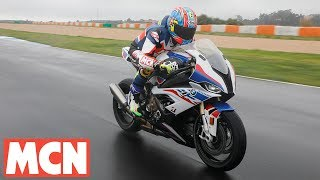 2019 BMW S1000RR bike review | MCN | Motorcyclenews.com