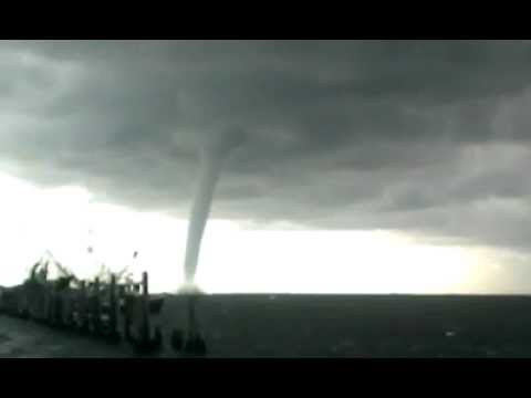 Waterspout forms in Grand Isle, LA