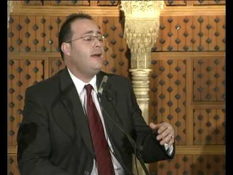 Curro Piñana canta en La Alhambra