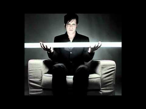 Apoptygma Berzerk - Green Queen