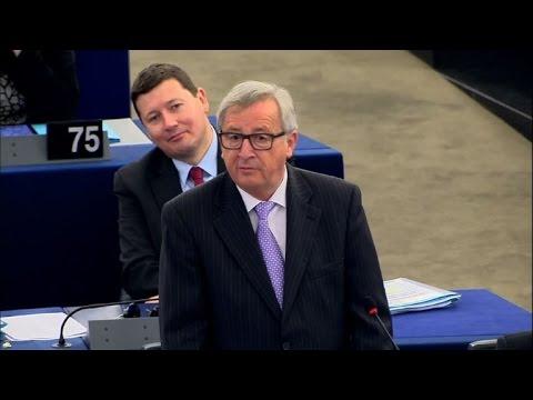 EU's Juncker criticises 'sad heroes of Brexit'