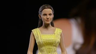 Unboxing: Belle Sixth Scale Figure by Hot Toys