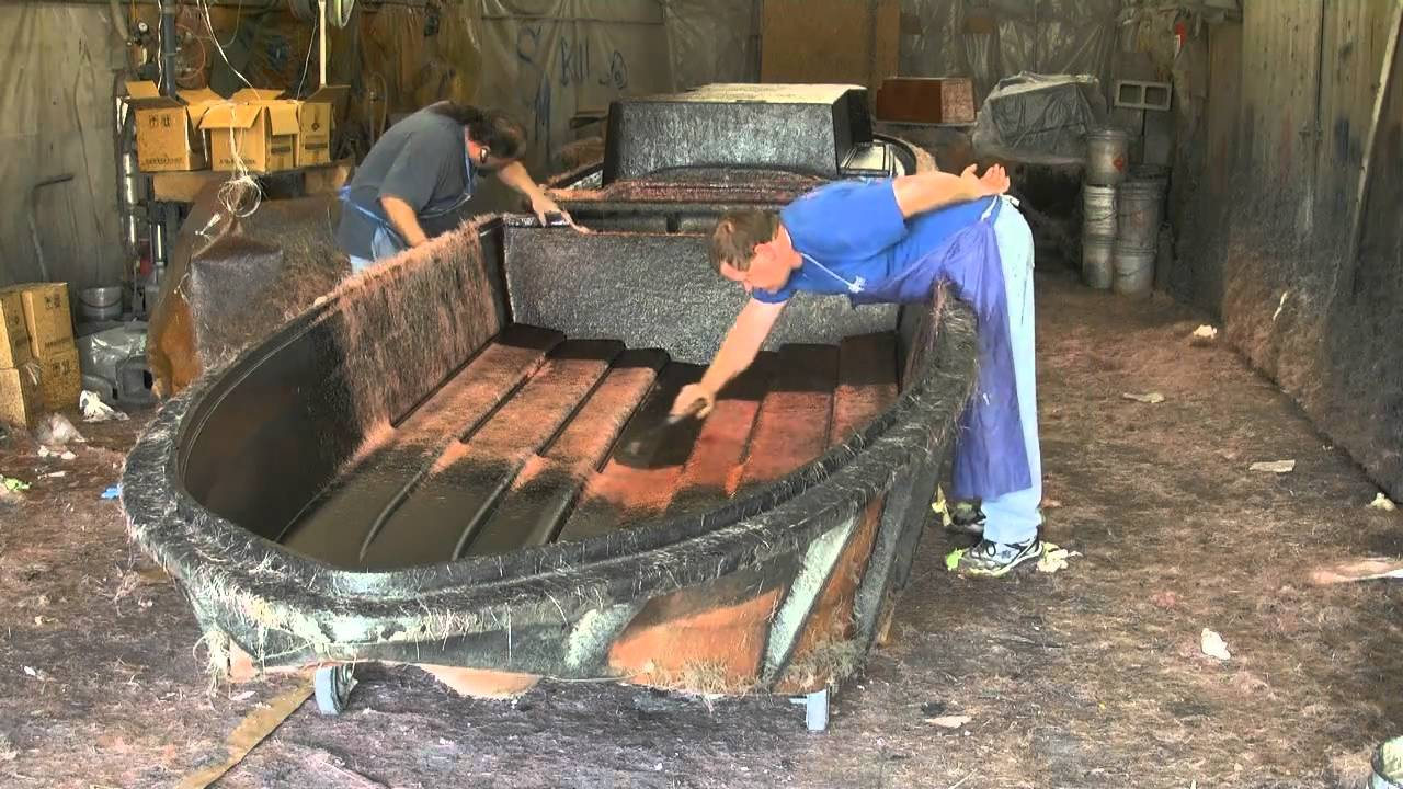 Fiberglass Framing Material : Royal boats ss gelcoating fiberglass chopping core