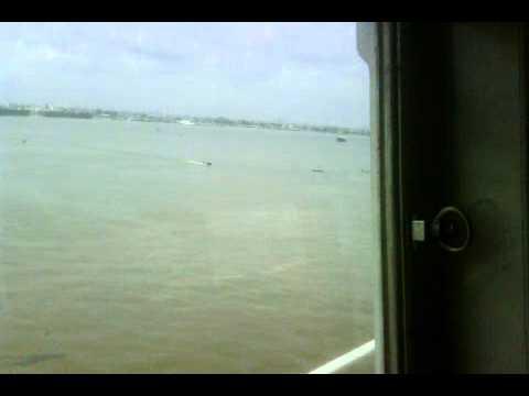 NIGERIA APAPA PORT & V.I. VIEW FROM THE BRIDGE-20111108-1324.3gp
