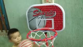 Bé chơi bóng rổ mi ni siêu vui nhộn siêu hài hước - bon bon tv