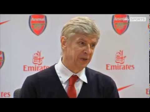 Wenger defends Walcott