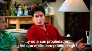 "Two and a half men: Alan cantando ""Time of my life"". (Sub en español)"