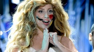Download Lagu Lady Gaga - Applause (live) VMA's 2013 ᴴᴰ Gratis STAFABAND