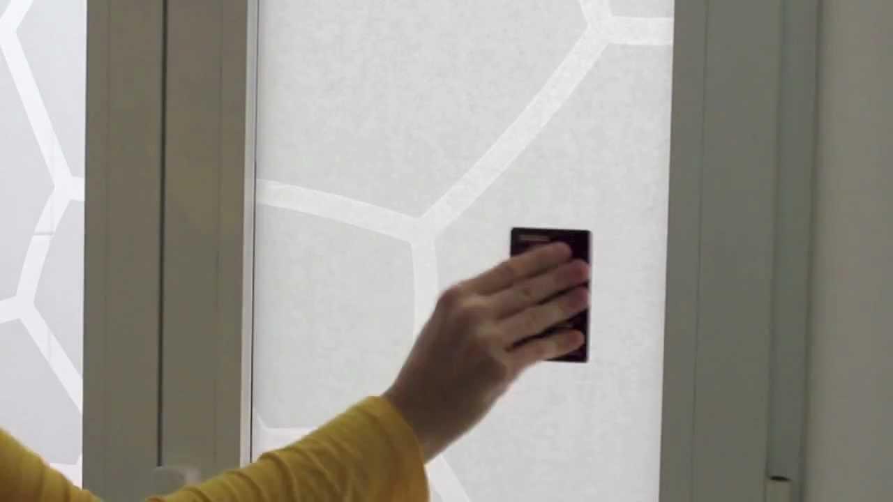 C mo pegar tu vinilo en un cristal youtube - Papel adhesivo para cristales ...