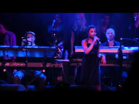 11 Year old Aliyah Kolf - I Have Nothing @ Whitney Houston Tribute Concert Melkweg 2012