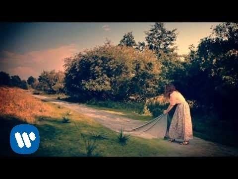 Laura Pausini - Bienvenido (videoclip)