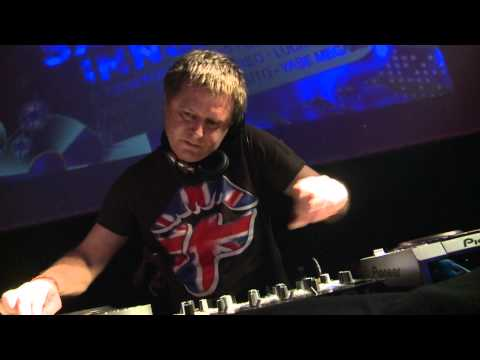 DJ Yano & Kuma Percussion  - Afro Meeting Nr. 24 / 2011