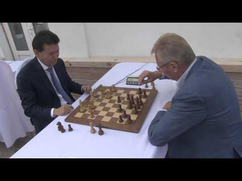 Ilyumzhinov - RGSU 2014-09-06 Moscow Chess Blitz Championship