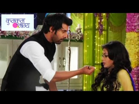 Abhi's ROMANTIC APOLOGY to Pragya Kumkum Bhagya 6th August 2014 FULL EPISODE