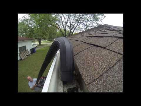 Ridgid gutter cleaning kit in action