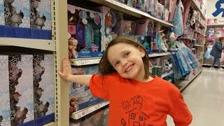 "Pick Any Disney Frozen Toy In ""Toys R Us"" Annabelle Toy Freaks"