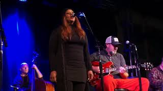 The Time Jumpers — Special Guest Wendy Moten singing Ode To Billie Joe