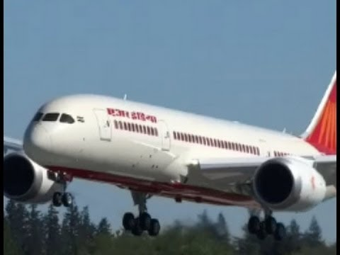AIR INDIA 787 Dreamliner VT-ANN Approach