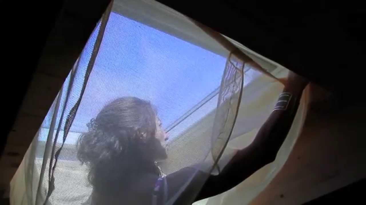 Ten za tenza tenda zanzariera per lucernari youtube for Ricambi per finestre velux