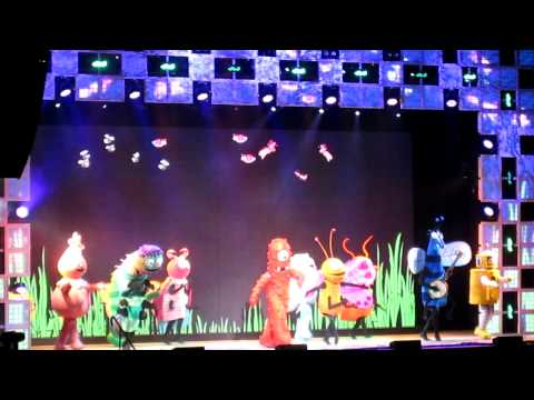 Yo Gabba Gabba Live - I Like Bugs video