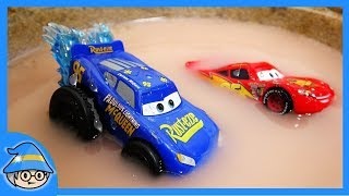 Rescue the truck in the water! Run Disney FABULOUS Lightning McQueen.