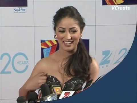 yami gautam adjusting her loose dress in front of cameras   youtube