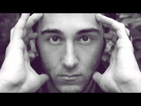 Nick Egibyan - Wrecking Ball (miley Cyrus Cover) video