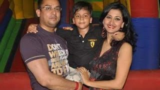 Rachana Banerjee Family Album | Actress Rachana Banerjee with her Family