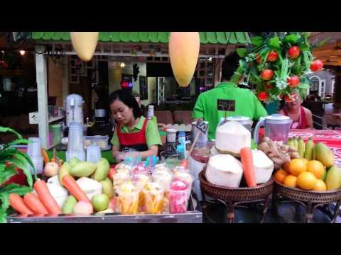 Luksusmat på gata i Bangkok