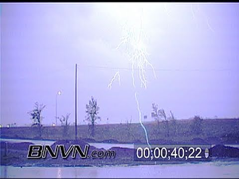 8/19/1999 Extreme overnight lightning footage
