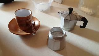 Gerçek Espresso Yapmak (How to make a perfect italian coffee) Preparare il caffè con la moka