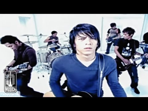Download Music Video Peterpan - LANGIT TAK MENDENGAR