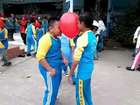 Lomba tari balon hut ke 72 di min 1 batam
