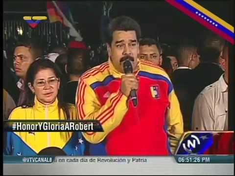 Nicolas Maduro aclara que es un inepto.