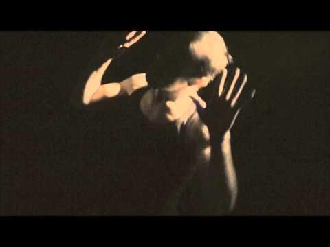 Miguel Bosé - Los Chicos No Lloran - THE SINFLOW
