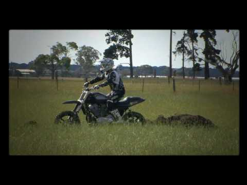 Kain Saul Backflips a XR1200 Harley Davidson to dirt Video