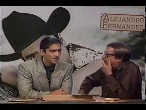 Romulo pone a cantar a capela a Alejandro Fernandez