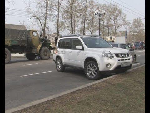 Парадное ДТП - артиллерийский расчет врезался в кроссовер.MestoproTV