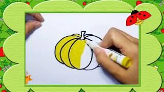 Bé tập vẽ quả bí ngô