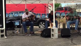 Watch Hayes Carll Rivertown video