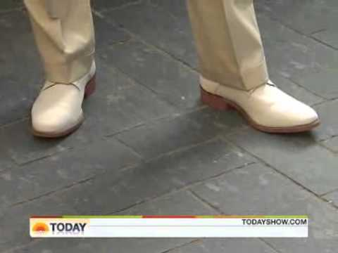 Savannah Guthrie Barefoot On Today Show