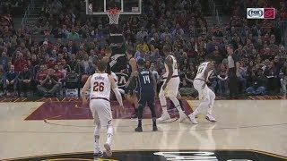 LeBron James makes unreal no-look pass to Dwyane Wade for assist | ESPN