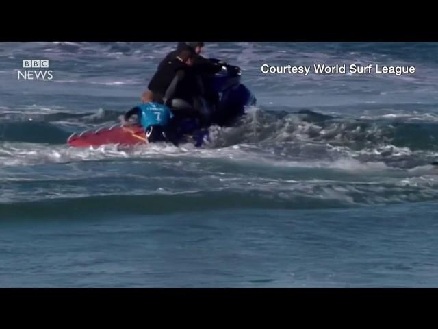 Surfer's close encounter with shark... again - BBC News