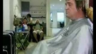 Nervozna frizerka