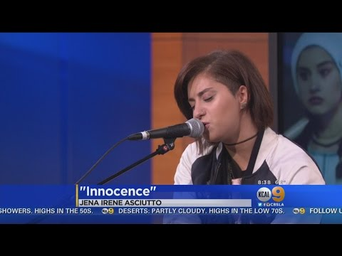 Singer-Songwriter Jena Irene Asciutto Performs Live On KCAL9