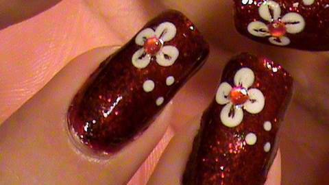 QUICK EASY TO DO FLOWER NAIL ART DESIGN