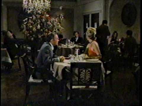 Steve Martin - The Absent-Minded Waiter