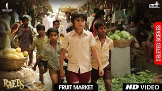 Download Raees | Fruit Market | Deleted Scene | Shah Rukh Khan, Mahira Khan, Nawazuddin Sidiqqui 3Gp Mp4